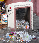 trash in darjeeling